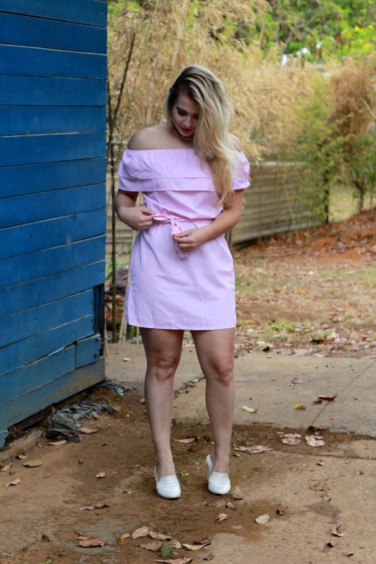 look do dia vestido rosa de babados só para meninas